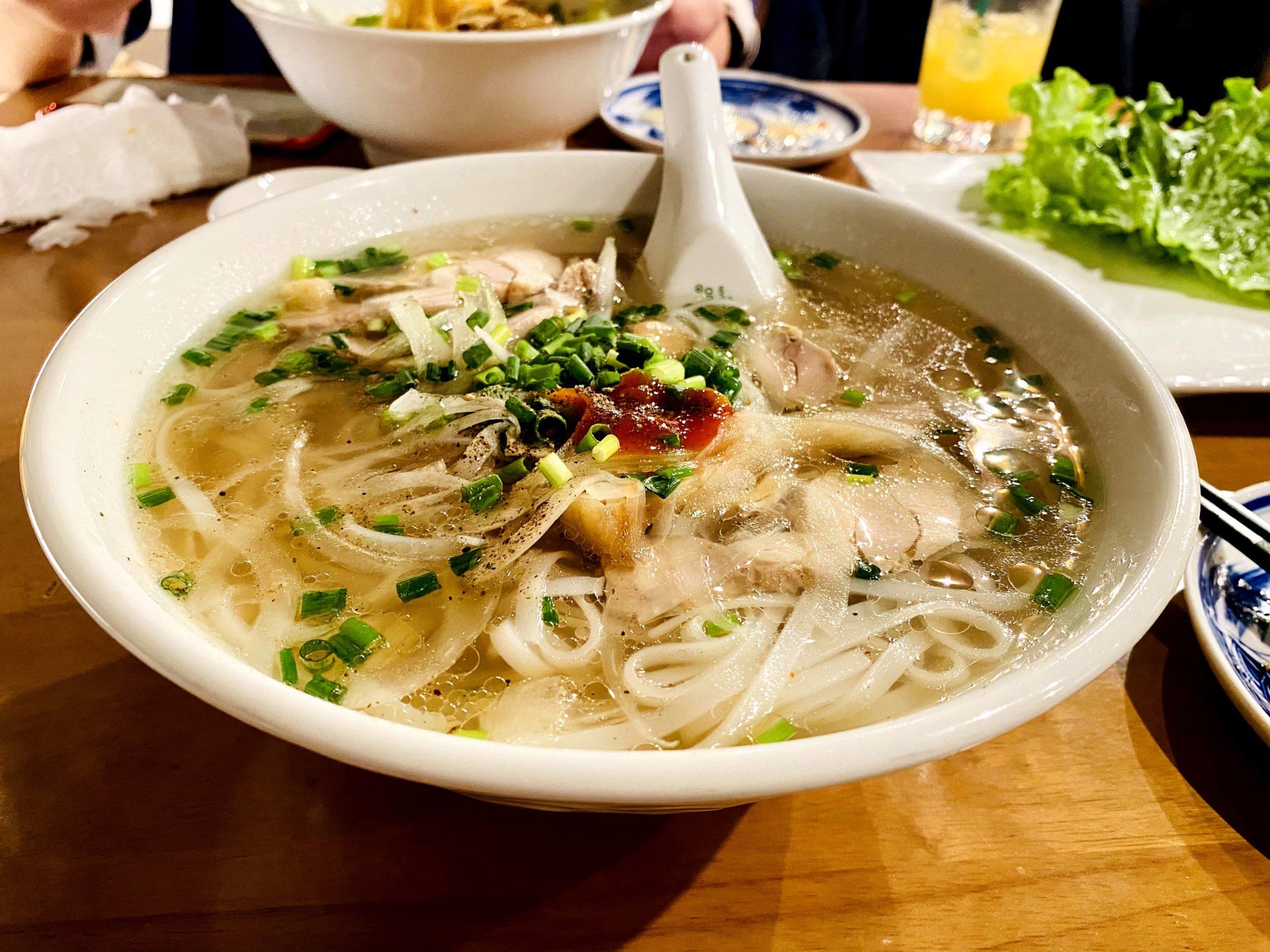 鶏肉のベトナムフォー